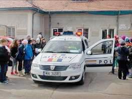 copii masina politie