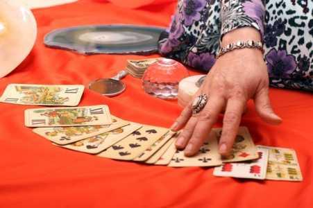 ghicitoare carti