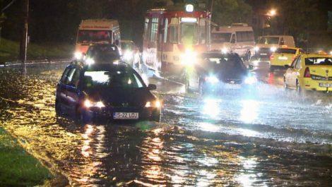 iasi inundatii