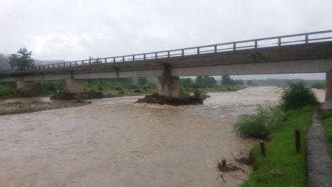 inundatii 2016 pod Secu 01