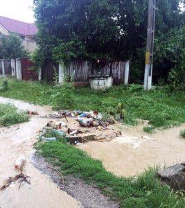 inundatii apa pe ulita