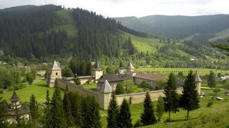 suceava manastirea putna