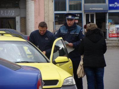 taxi-roman_resize