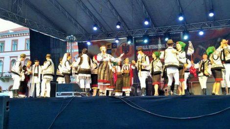 festival-ceahlaul-floricica-de-la-munte